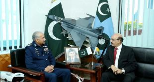 President AJK visits Air Headquarters, meets Pakistan Air Force Chief