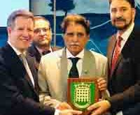 AJK PM admits that overseas Kashmiris are contributing alots to the development of the State