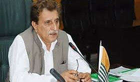 AJK PM warns India that if she did not stop atrocities & human rights abuses the people could break the LoC