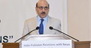 UNSG maintains artificial balance between Pakistan, India: Masood Khan