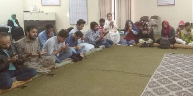 Alhamra Academy of Performing Arts' students organized Mehfil-e-Milad