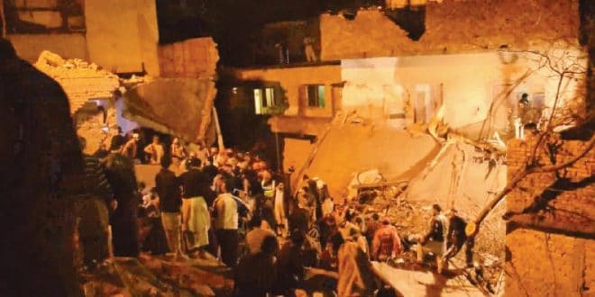 Two killed, 03 injured as heavy rain causes roof collapse.