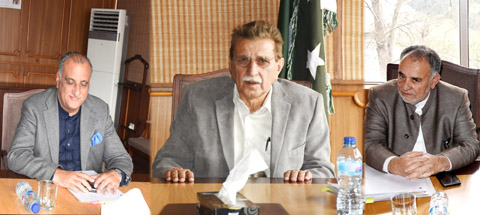 Concerned authorities to ensure for providing  edibles & other  necessities throughout the state; AJK PM