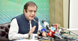 Resolving media industry problems govt's top priority: Shibli Faraz
